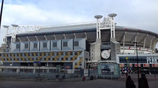 Clubs komen als roofvogels op sterren Ajax af: interesse in De Ligt, De Jong, Neres en Ziyech
