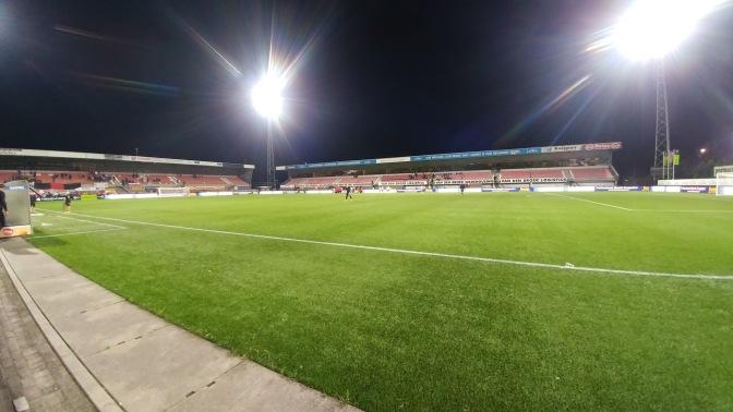 Jong Ajax pakt koppositie na 1-4-overwinning in Helmond