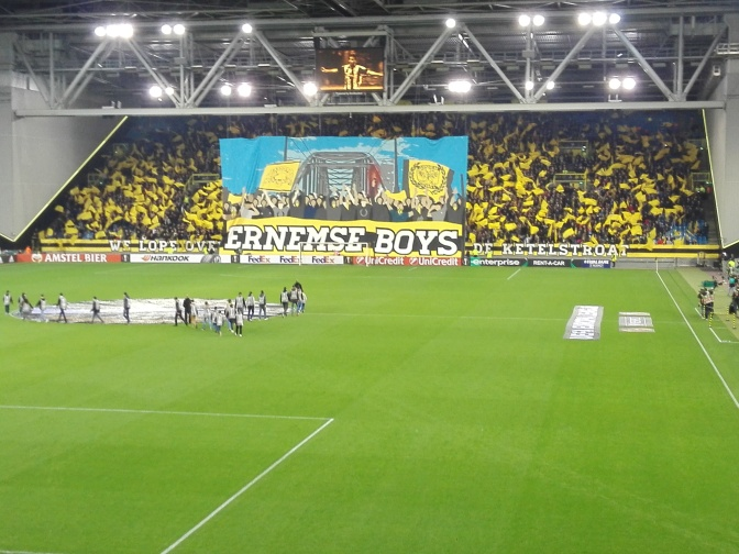 Vitesse kent geen medelijden met FC Twente en gaat voor de overwinning