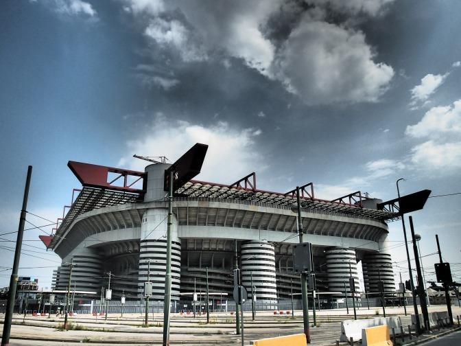 Pepe Reina gaat zo goed als zeker transfervrij naar AC Milan in de zomer